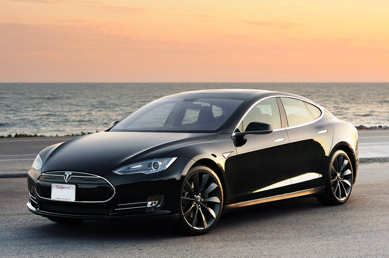 Электромобиль Tesla Model S – рекордсмен краш-тестов