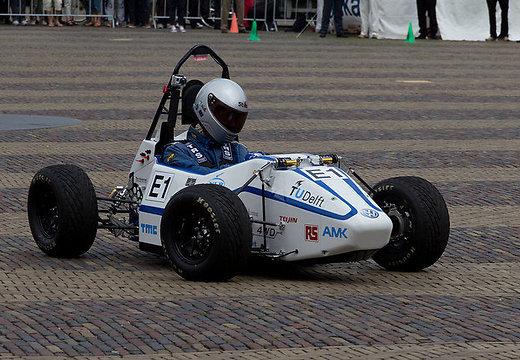 Студенты создали самый быстрый в мире электромобиль