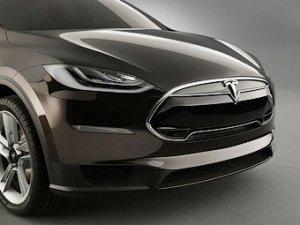 Новыми электрокарами Tesla займется разработчик «макбуков»