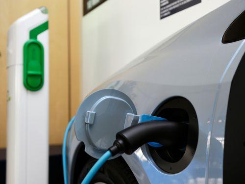 Китай активно займется электромобилями