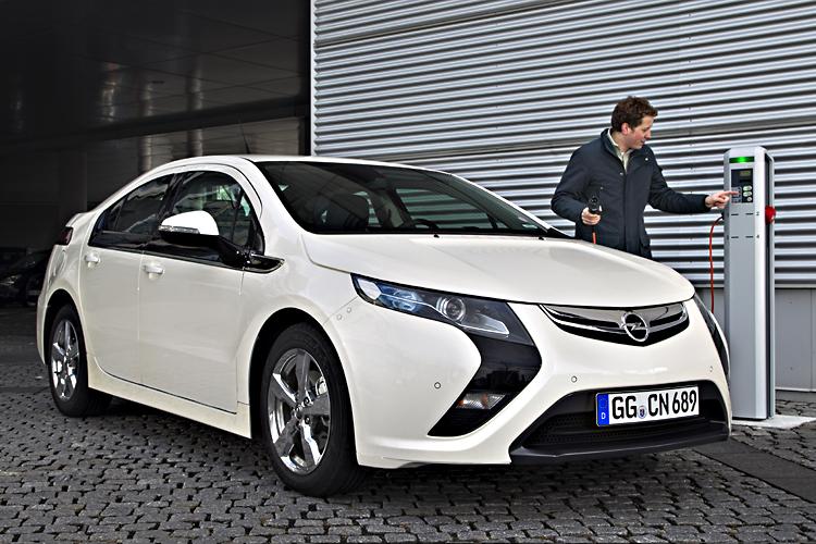 Сеть быстрой зарядки для BMW, VW, и Nissan-Renault