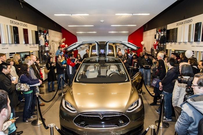 Количество предзаказов Tesla Model X перевалило за 20,000 (и увеличивается)