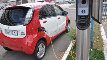 Почему в Украине так мало электромобилей