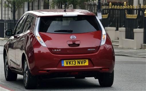 Электромобиль Nissan Leaf бьет рекорды продаж в Великобритании и Европе