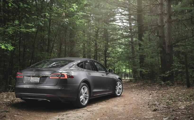 Новый флагман от Tesla выйдет в 2015 году