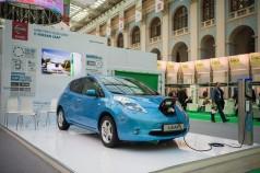 Альянс Renault-Nissan продал 200.000-й электромобиль