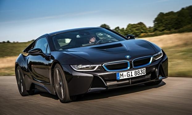 Очереди на BMW i8 растянулись на полтора года