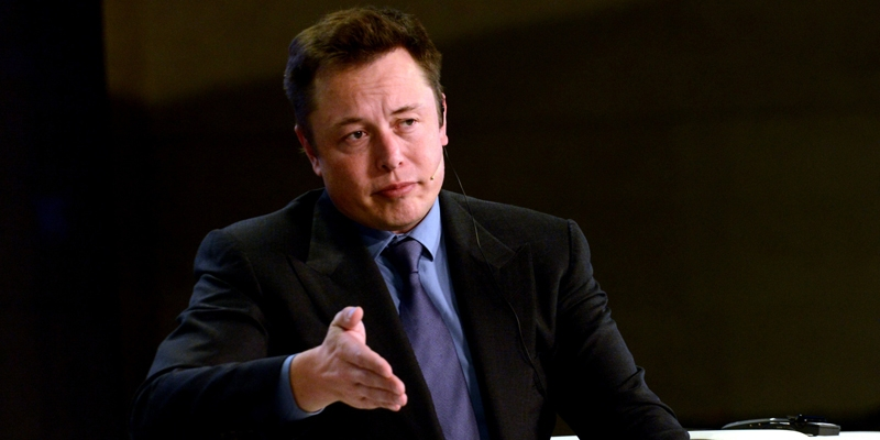 Tesla обсуждает возможность сотрудничества с BMW