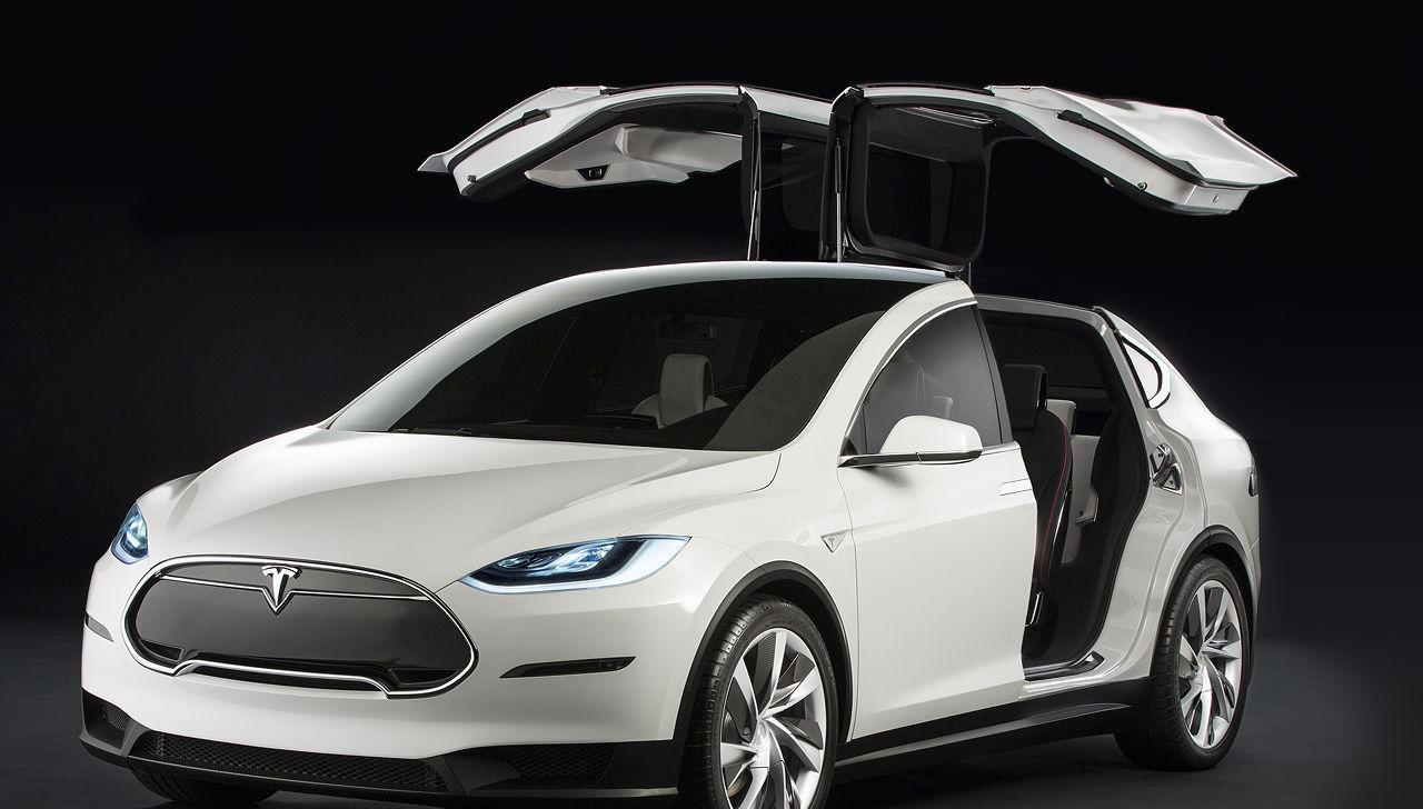 Выход Model X перенесли