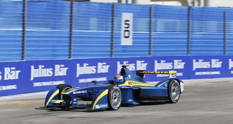 Formula E: Себастьен Буэми выиграл гонку в Уругвае