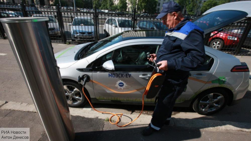 Амстердам переходит на электромобили