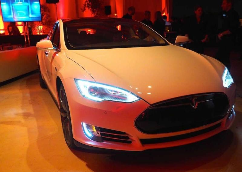 Заводской чип тюнинг Tesla Model S P85D – до сотни меньше 3 секунд