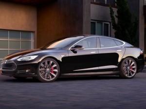 Consumer Reports назвал Tesla S «Лучшим автомобилем года»