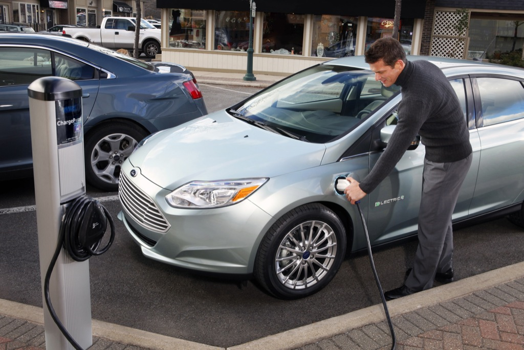 Ford выпустит небольшой доступный электромобиль