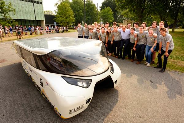 В Голландии создан автомобиль, который работает от солнца