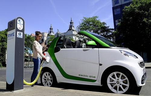Плюсы и минусы электромобилей для украинцев
