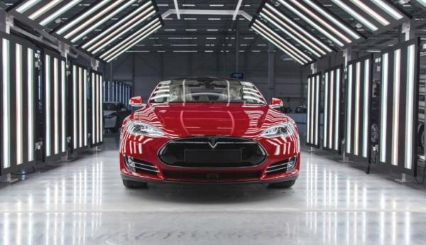 Увеличат производство электрического кроссовера Тесла