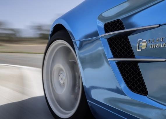Mercedes готовит крутой электромобиль