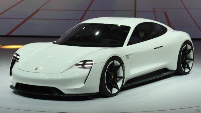 Porsche создаст спортивный электромобиль