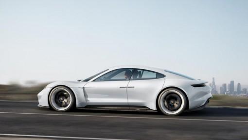 Электромобиль Porsche Mission E станет серийным