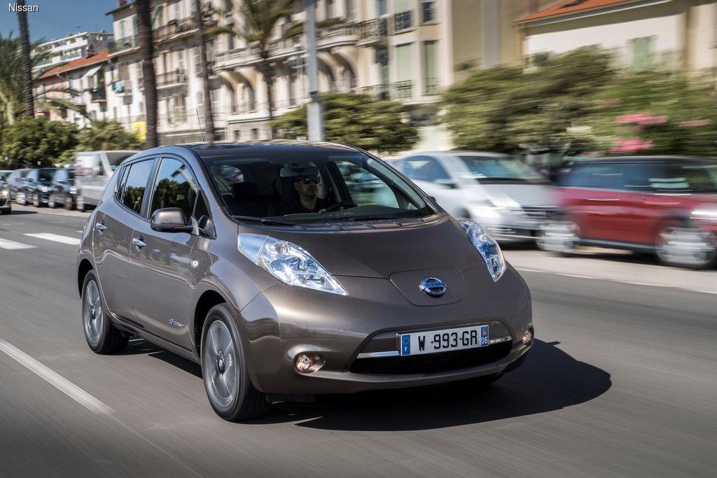 Nissan Leaf отметил пятилетие