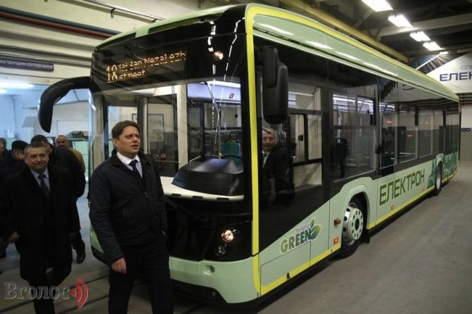 Концерн «Электрон» представил во Львове первый в Украине электробус «Электрон Е19101»