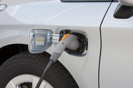 В Москве будет установлено 200 зарядных станций для электромобилей