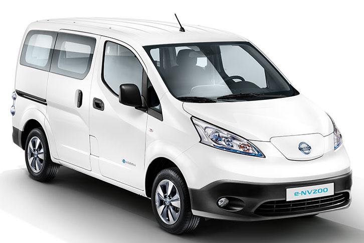 Принцу княжества Монако вручили электромобили Nissan e-NV200