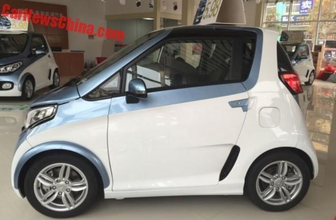 Zotye E200 вышел на китайский рынок