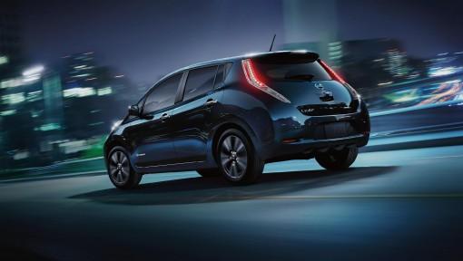 Nissan Leaf отзывают для устранения неполадок
