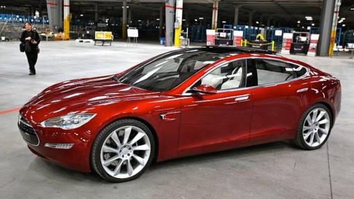 Tesla Model 3: в жизнь!
