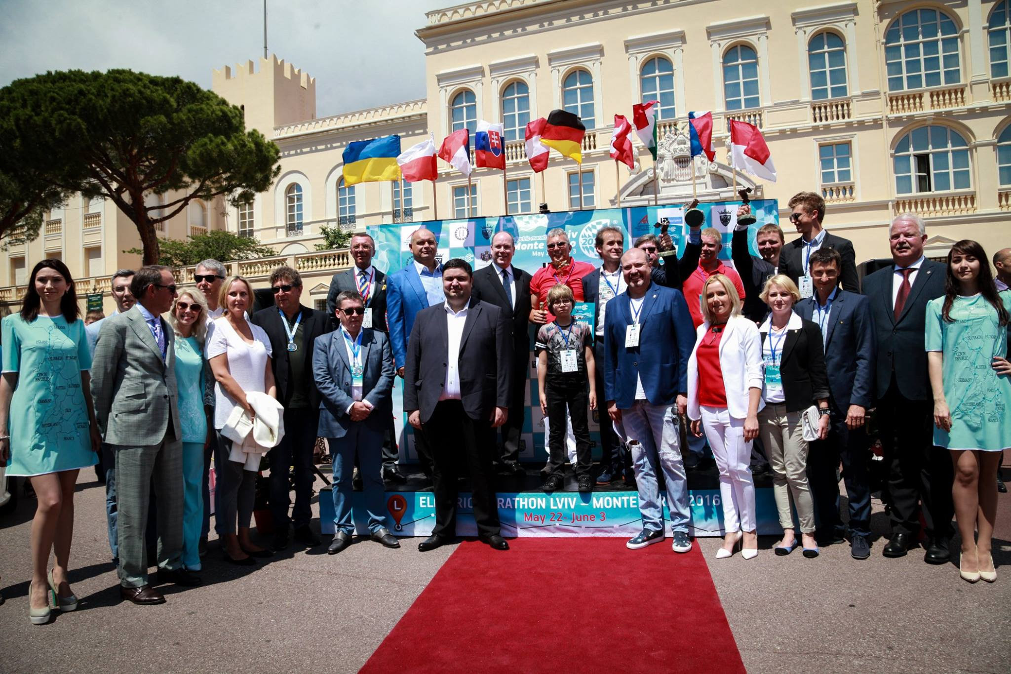 Украина взяла номинацию «Plug-In гибриды» в Монако