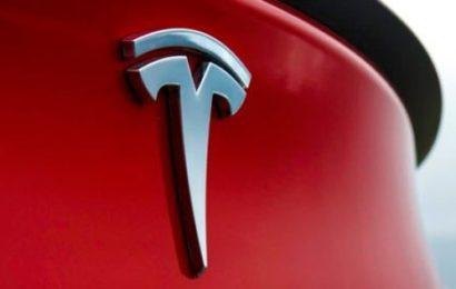 7 причин купить Tesla Model S