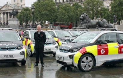 В Лондоне пожарные будут ездить на электромобилях (видео)