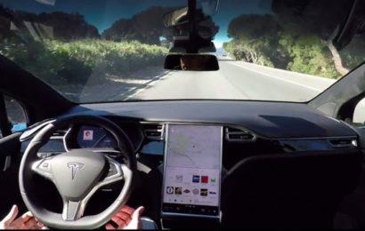 Как работает беспилотный электромобиль