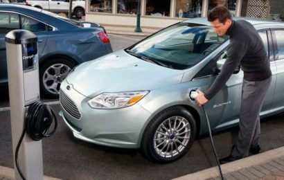 Ford Focus Electric обновили.