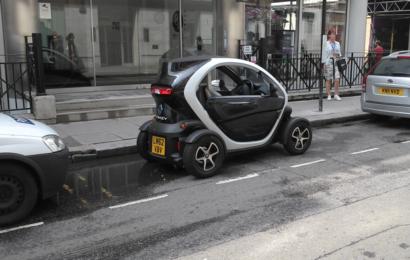 Британцы не справляются со страховкой на электромобили