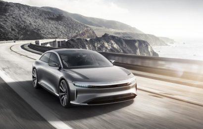 Китайский супер электромобиль замечен в США