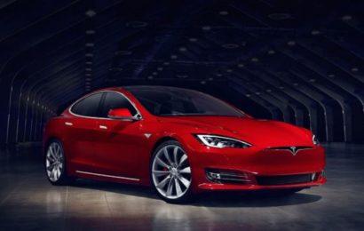Беспилотник Tesla пытался убить хозяина