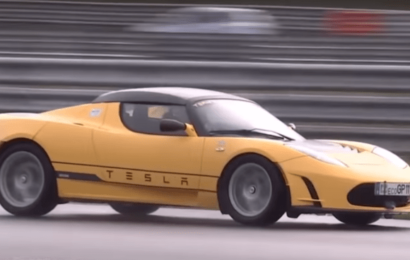 Tesla Roadster установил новый рекорд